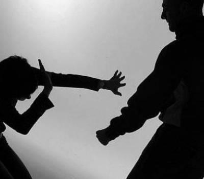 Una joven fue brutalmente asesinada a golpes y machetazos por su ex pareja