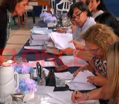 Habrán concursos para titularizar cargos docentes en Octubre