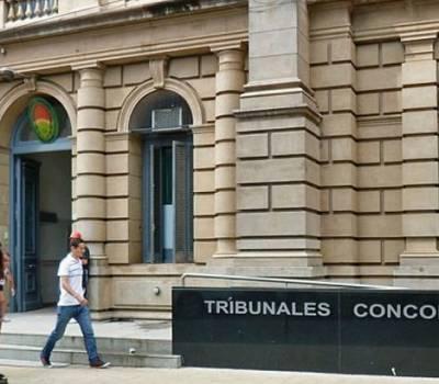 Jáuregui sostuvo que el sobreseimiento de Boujon fue una 'barbaridad jurídica' y un 'disparate' que la querella alegue no haber sido notificada